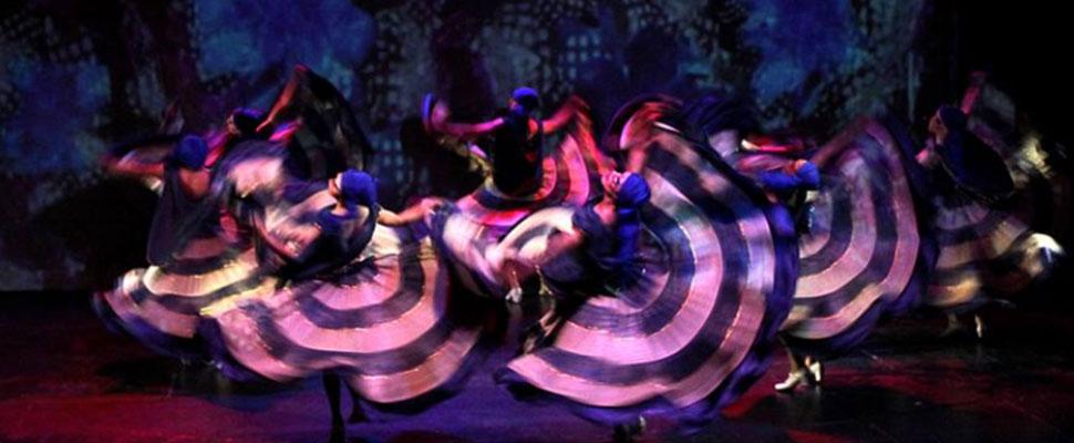 5 grupos de baile latinos que rompen las barreras de género