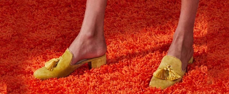 Mules: Los zapatos infaltables en el closet