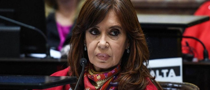 What keeps Cristina Fernández de Kirchner away from going to jail?