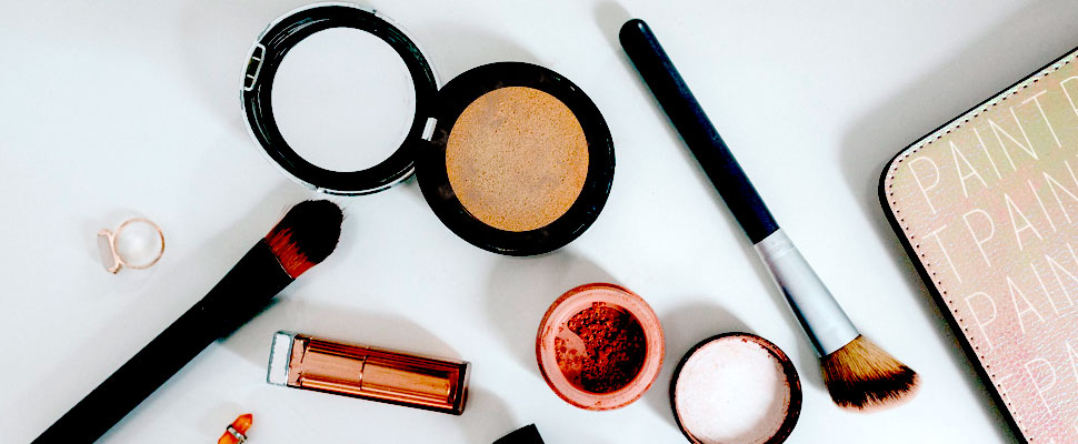 Do you want to make your own makeup? Find out how
