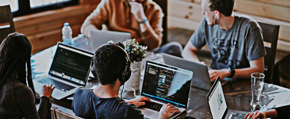 ¿Millennial y sin empleo? Rompe los estereotipos