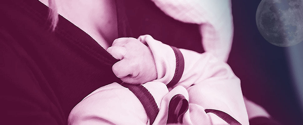 For moms and babies: 6 benefits of nighttime breastfeeding