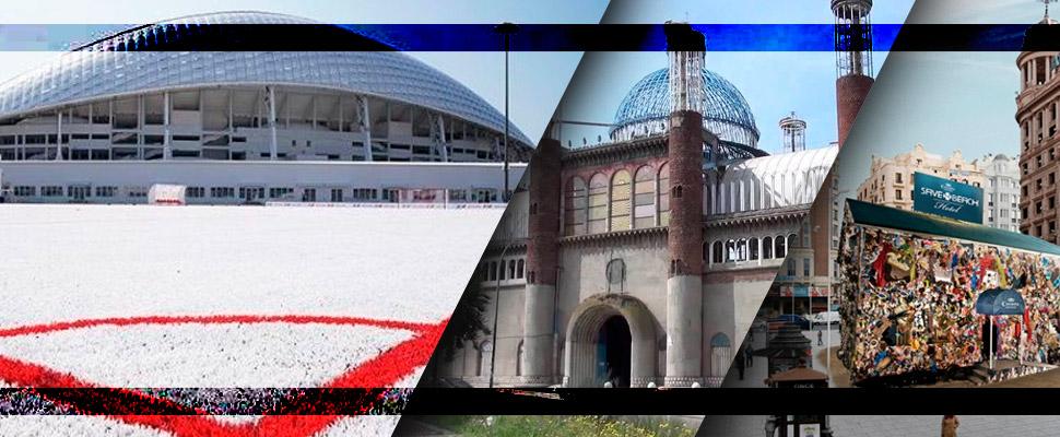 Un campo de fútbol y otros 3 edificios hechos con material reciclable