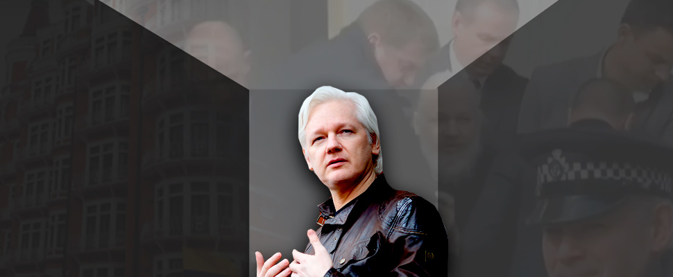 Julian Assange: entre la espada y la pared