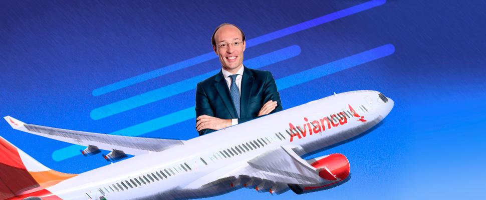 Anko Van der Weff en un avión de Avianca