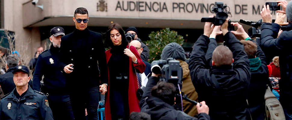 The former Real Madrid player Cristiano Ronaldo, at the exit of the Provincial Court of Madrid.