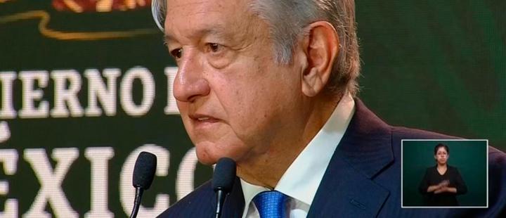 Presidente de Mexico Andrés Manuel López Obrador durante una sesión de la mañana en televisión nacional.