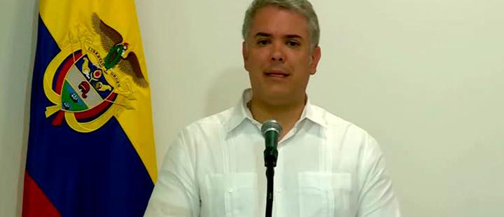 Maduro debería gastar dinero en comida y no en misiles: Iván Duque
