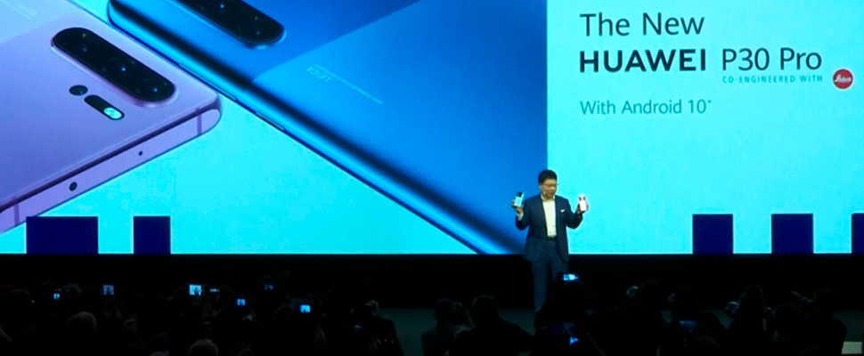 CEO of Huawei's Richard Yu, presenting 'most powerful' Kirin 990 Chipset for new high-end smartphone