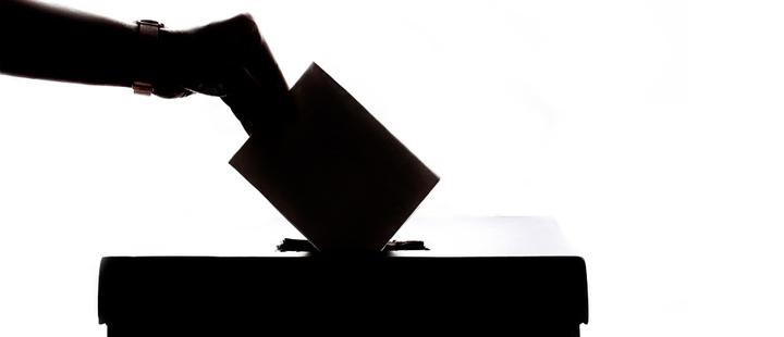 Peruanos piden adelanto en las elecciones