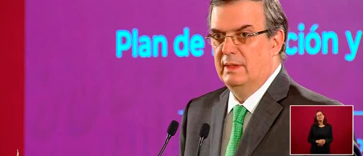 The Mexican Foreign Minister, Marcelo Ebrard, giving a press conference.