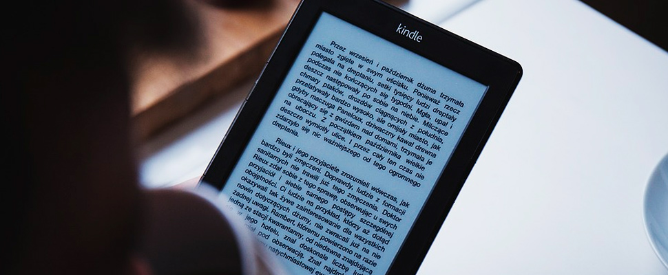 Kindle tablet multimedia version of electronic book reader