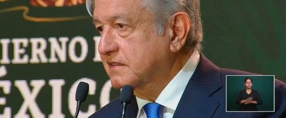 Gobierno mexicano: de rodillas y con las manos arriba
