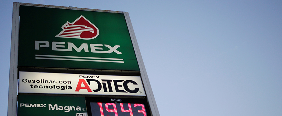 PEMEX brand price board.
