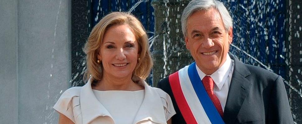 Presidente de Chile Sebastián Piñera, junto a su esposa Cecilia Morel.