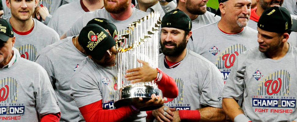 Washington Nationals team celebrating the triumph of the World Series.