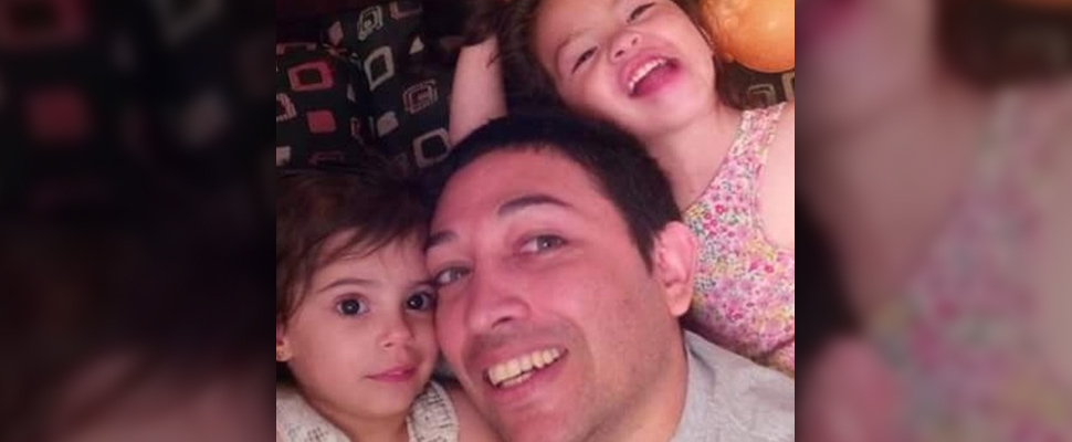 pareja gay adopta niña con vih