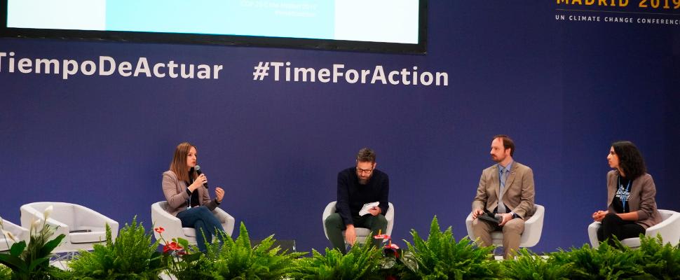 Conversatorio durante la COP25 en Madrid.