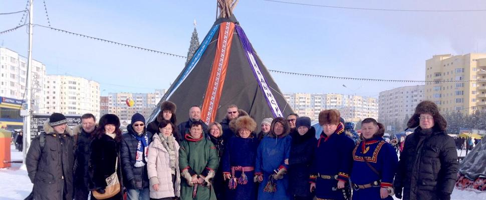 Foto de un taller en Nadym en el Día del pastor de renos.