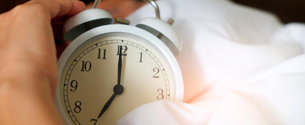 Descubre cómo las alarmas pueden reducir el aturdimiento matutino