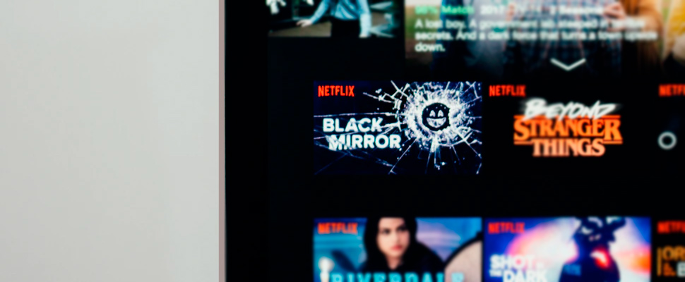 Computer screen with the Netflix page.