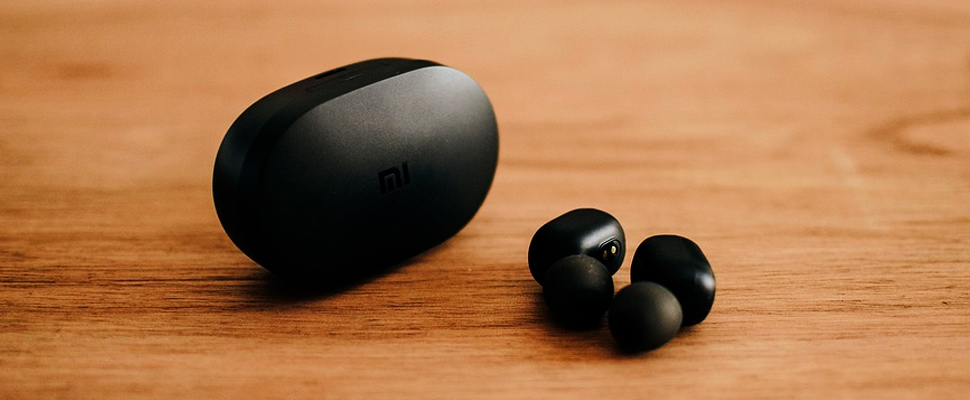 Xiaomi Airdots wireless headphones.