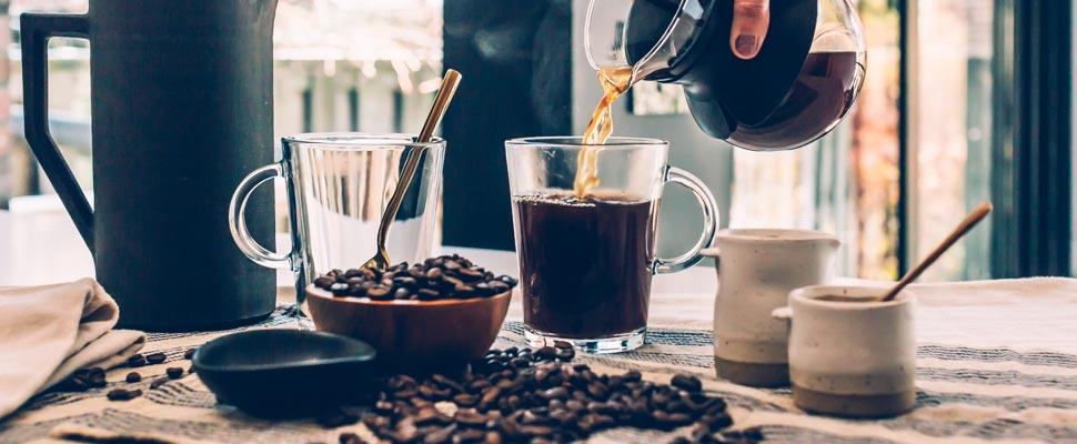 Cómo hacer el café más saludable durante el encierro de COVID-19
