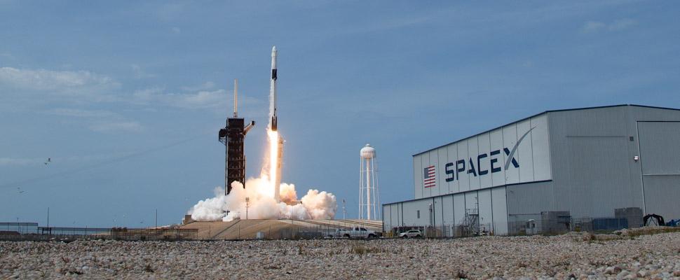 SpaceX Creo Dragon Rocket