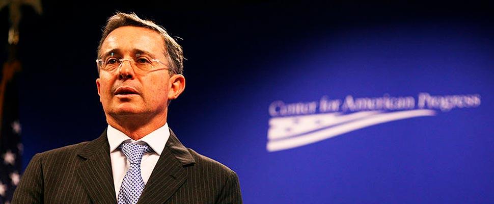 Análisis de la histórica detención del expresidente colombiano Álvaro Uribe