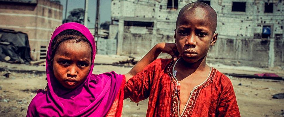 Niñas en África