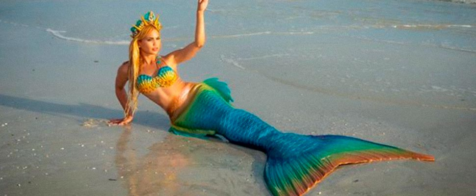 Professional Mermaids and their Viral Accounts