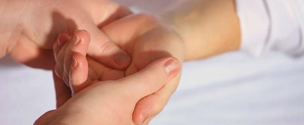 Persona de la mano