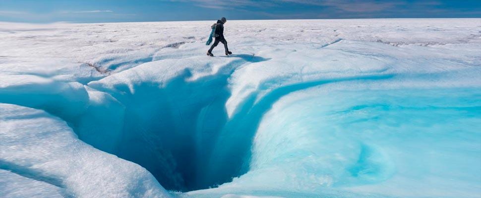 Los agujeros en la capa de hielo de Groenlandia son más grandes de lo que se pensaba