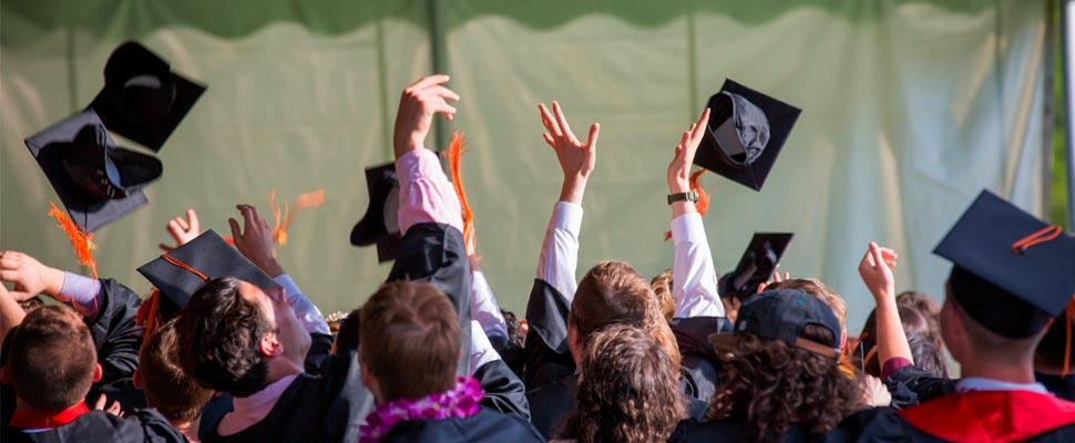 ¿Existe saturación de graduados universitarios en mercado laboral?