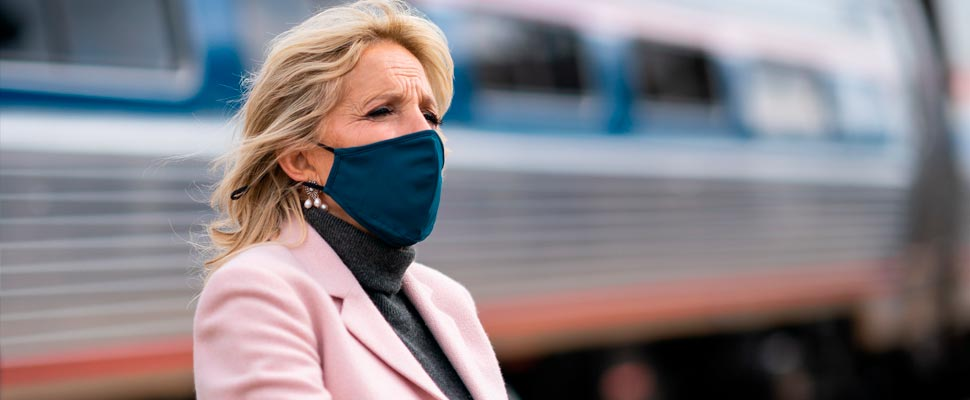 Jill Biden wearing a mask