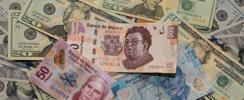 Are Mexico's international reserves at risk?