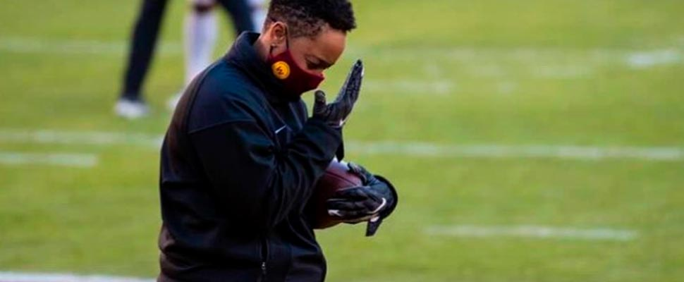 Jennifer King: another woman that making hystory in the NFL