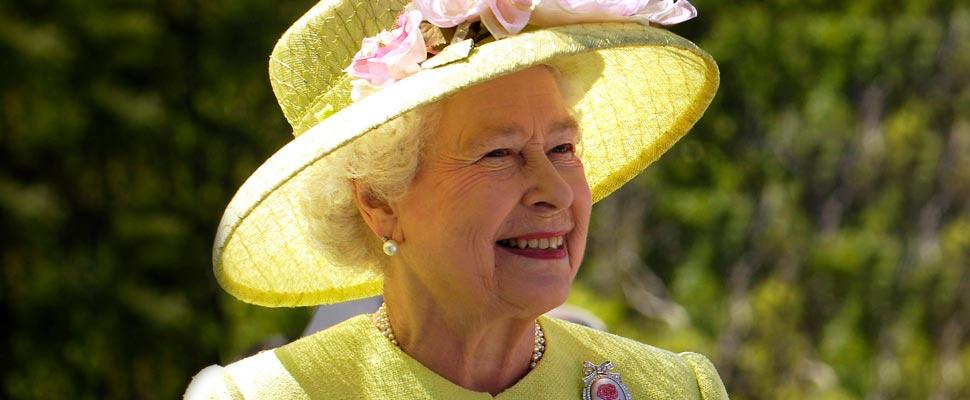 Queen Elizabeth's Power in a Patriarchal Society