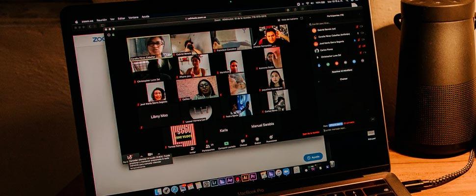 Las videoconferencias son más agotadoras cuando los participantes no se sienten partes de un grupo