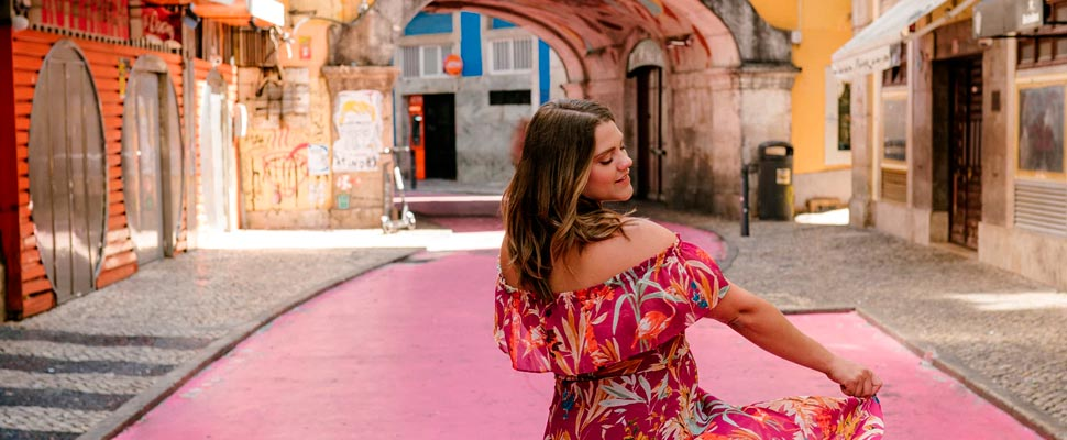 Do You Know What Is the Current Trend in Tourism for Women?