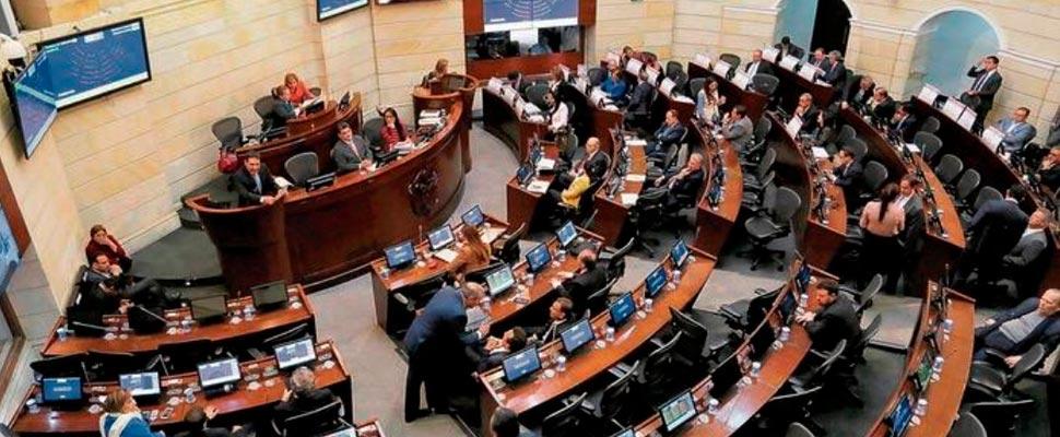Vista superior de la plenaria del Senado de Colombia