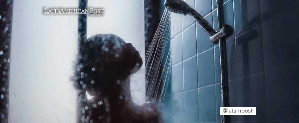 ¿Qué tan sano es bañarse con agua fría todas las mañanas?
