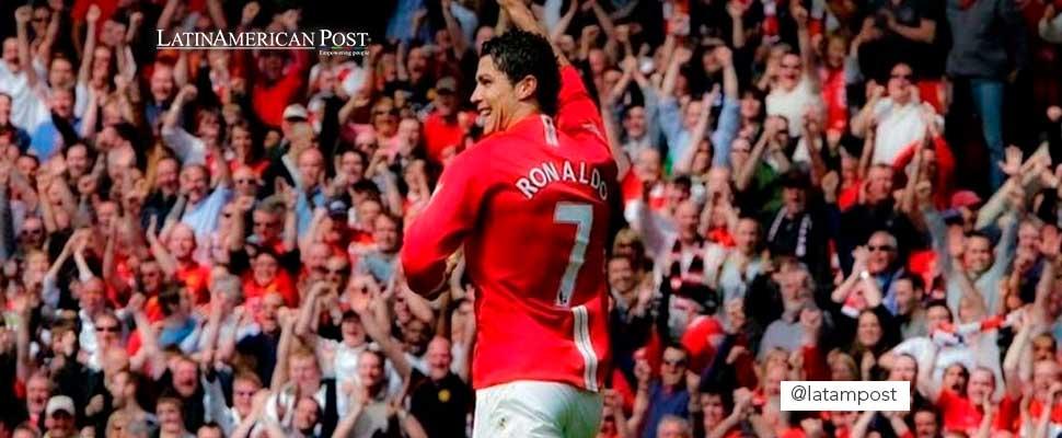 Cristiano Ronaldo con el uniforme del Manchester United