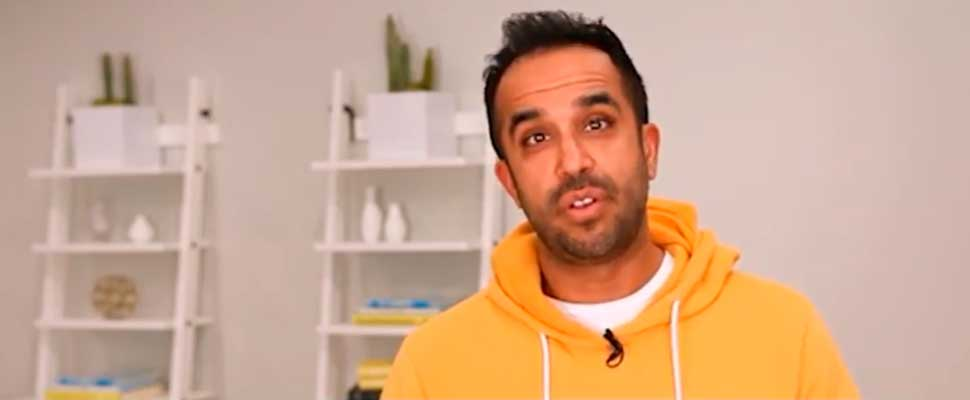 Neil Pasricha and His Approaches to Positivity and Simple Pleasures