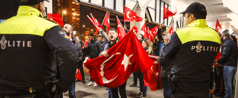 How are the relations between Dutch and Turkish governments?