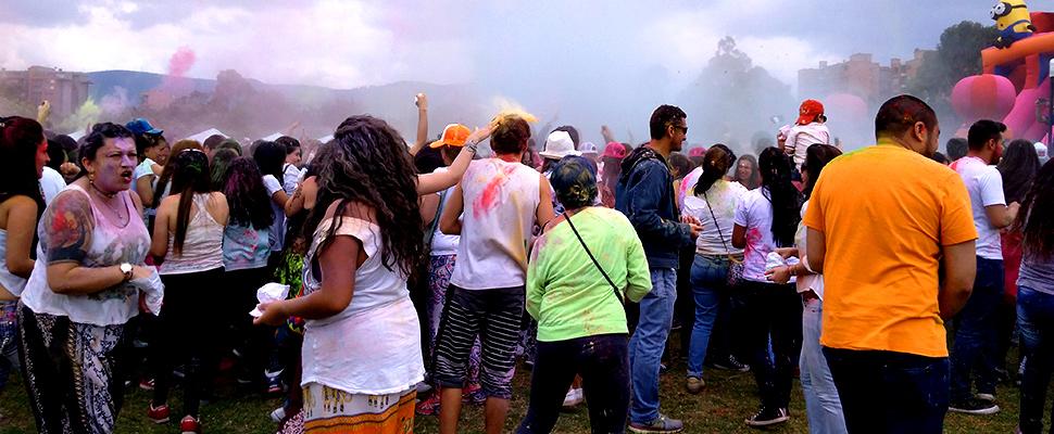 De India a Colombia: ¿cómo celebrar la alegría?