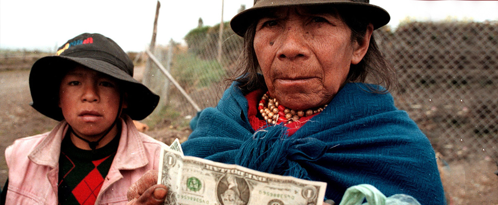 Is the dollarization a viable solution for Latin America?