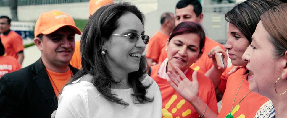 Tras renuncia de Viviane Morales como candidata presidencial, ¿regresa el machismo político al país?