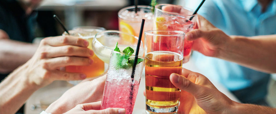 Alcohol affects your efforts to lose weight