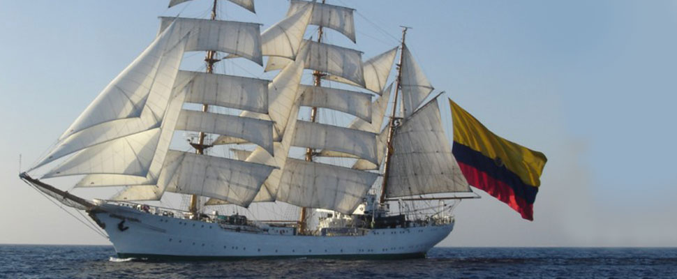 "Colombia: women take over the ship ""Gloria"""
